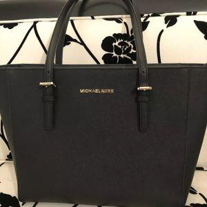 michael kors handbag,Used.